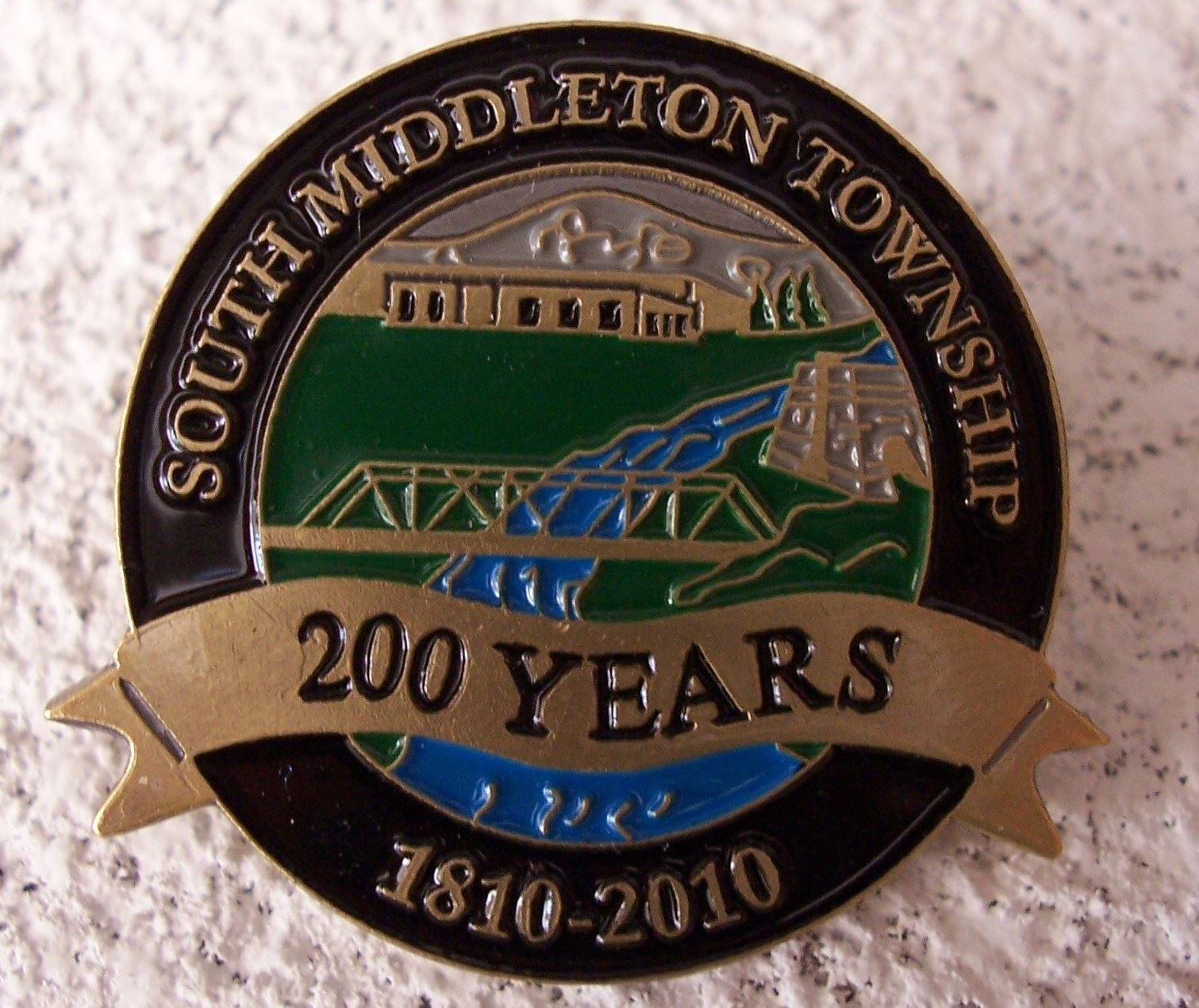 South Middleton Bicentennial Pin